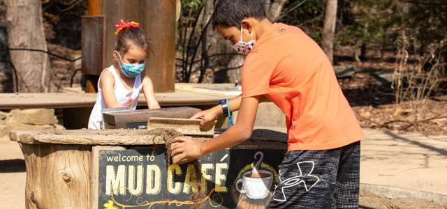 Kidzone mud cafe play during COVID-19