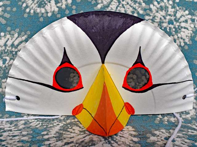 Puffin mask craft